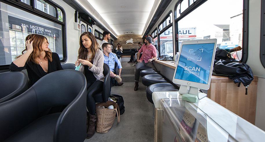 Trafik kabusunu lezzete dönüştüren kahve otobüsü 1