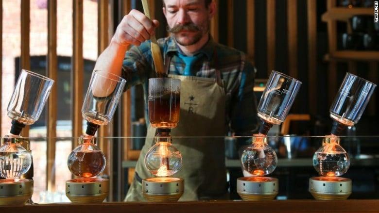 Starbucks'tan New York'a dev kahve mağazası 1
