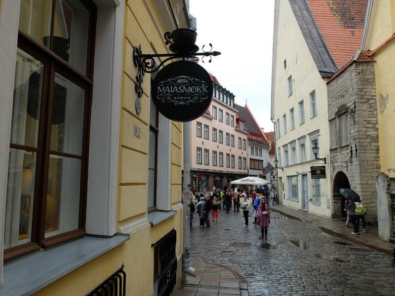 Estonya'nın tarihi kahve durağı: Maiasmokk Cafe'de 24