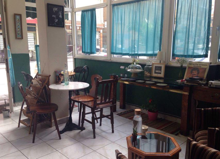 İstanbul'da kitabınızı keyifle okuyabileceğiniz 10 kafe 10