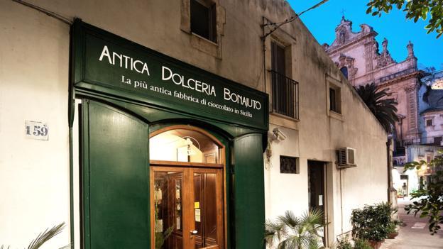 Sicilya'da üretilen Aztek çikolatası Modica 6