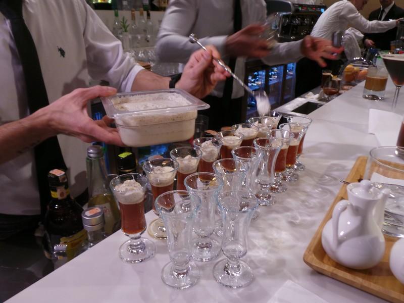 """Kahvenin soğuk lezzeti """"Brew Parlor"""" ile Wyndham Grand İstanbul'da! 8"""