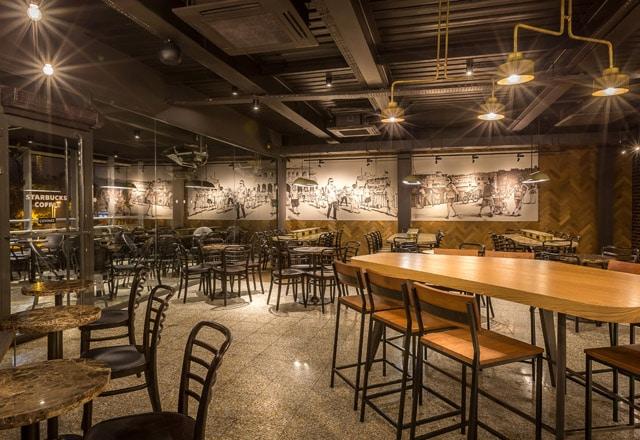 Starbucks Kadıköy Çarşı Mağazası Avrupa'nın En Büyüğü 2
