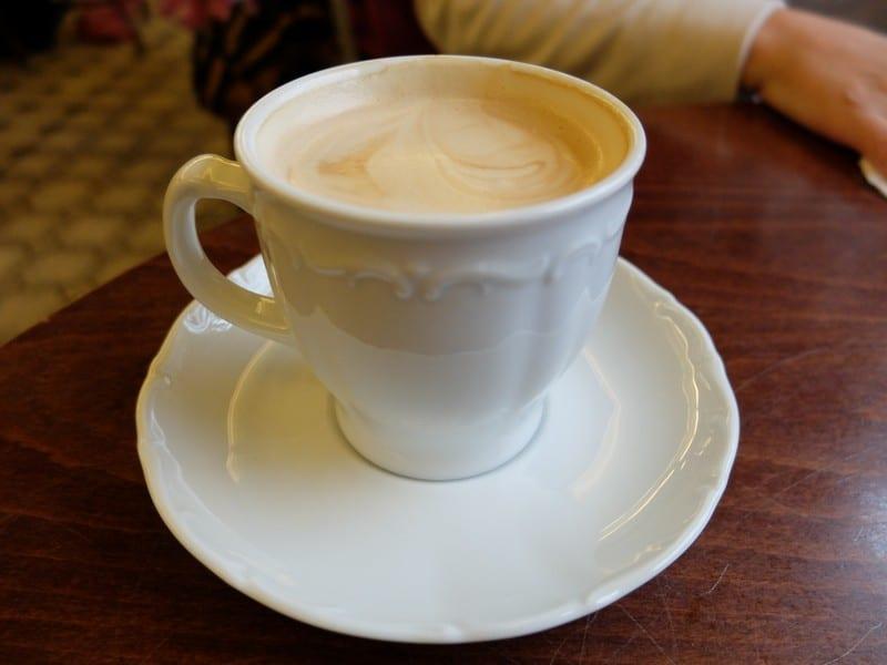 Estonya'nın tarihi kahve durağı: Maiasmokk Cafe'de 5