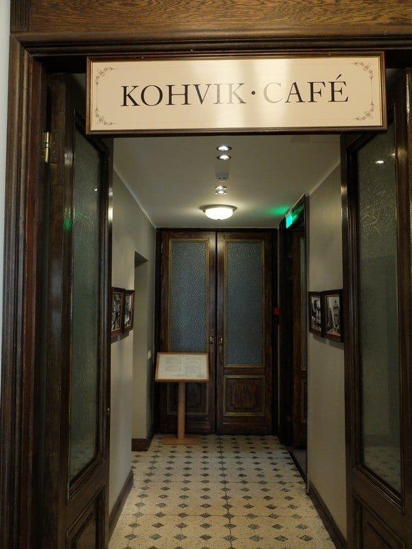 Estonya'nın tarihi kahve durağı: Maiasmokk Cafe'de 17